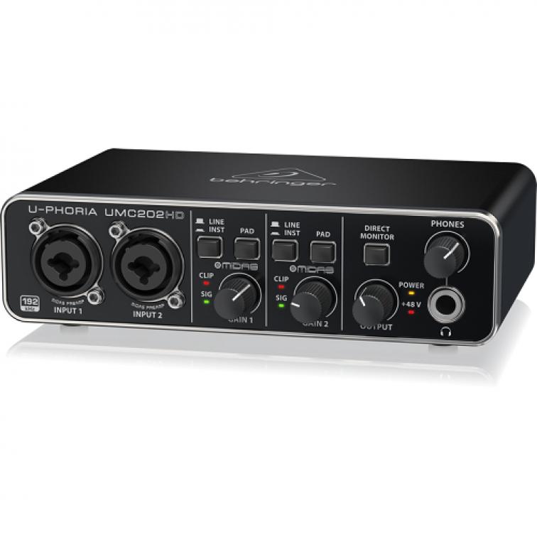 Аудио интерфейс Behringer UMC202HD USB 2 входа и 2 изхода