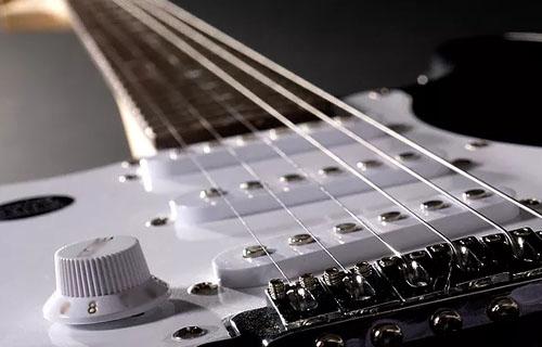 Какви струни за електрическа китара